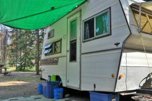 Don't make camping harder than it needs to be. Check out this simple camping packing list.