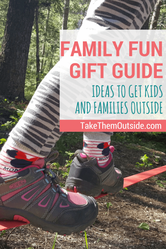 A fun gift guide to help families get outside more often | #outdoorfamilies #giftguide #giftsforkids #getoutside #giftingexperiences